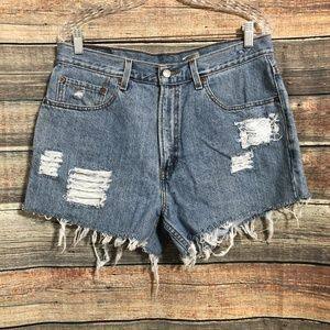 Vintage Levis 550 distressed cut off high waisted frayed shorts